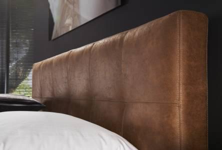 Belleville Detail Hoofdbord Cognac